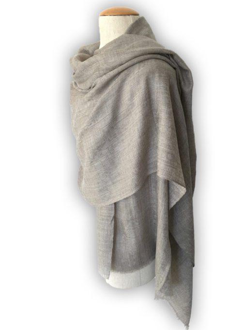 étole en cachemire gris taupe jacquard